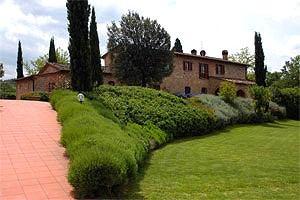 Ville montaione affitto ville vacanze a montaione firenze for Arredo casa montaione