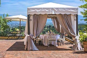 Villa montecatini terme villa di lusso per vacanze in for Seminterrato finito in affitto vicino a me