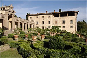 Ville in toscana ville per affitti vacanza in toscana for Ville ristrutturate